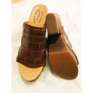 Kork-Ease Shoes - Kork-Ease Charissa Leather Mules - size 8